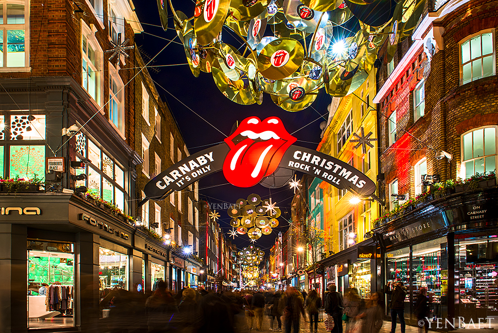 London carnaby street rock 39 n roll christmas carnaby str flickr - Quartier londres shopping ...