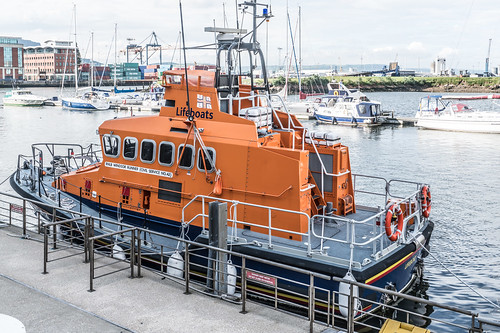RNLB WINDSOR RUNNER - CIVIL SERVICE NO.42 [A VISIT TO THE TITANIC QUARTER IN BELFAST]-121130 | by infomatique