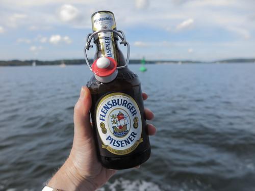 Flensburger Pilsener (auf der Fahrt mit der MS Möwe auf der Flensburger Förde)