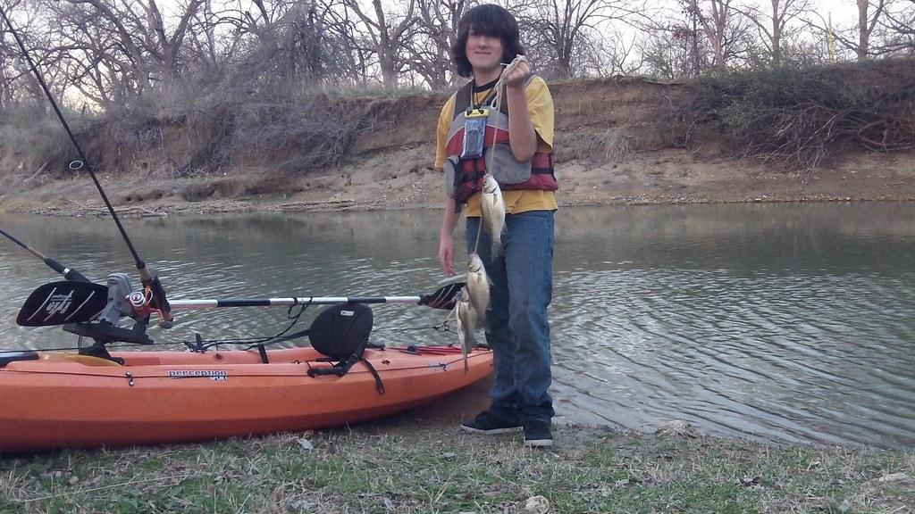 Dalton some white bass on the stringer texas kayak for Kayak fish stringer