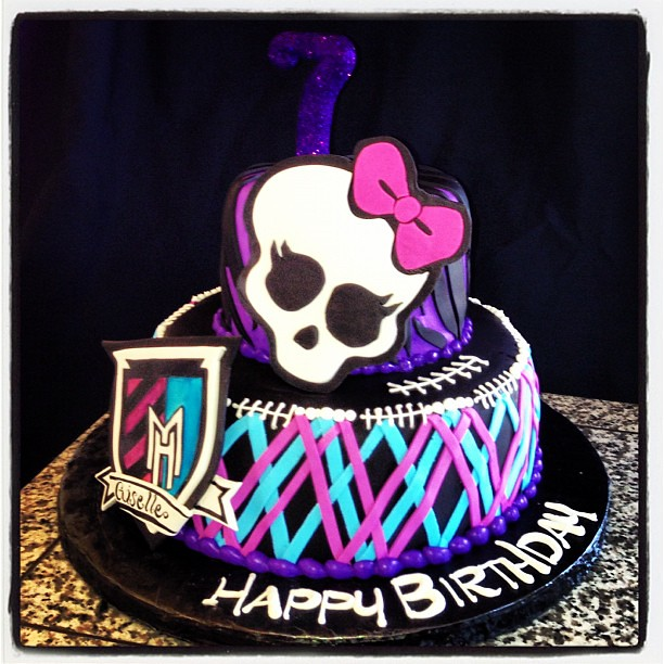 monster high birthday cake high cake monsterhigh skeleton now logo 7 b 6004