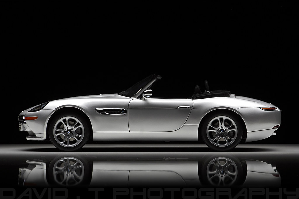 Bmw Z8 James Bond Quot The World Is Not Enough Quot Kyosho 1 1