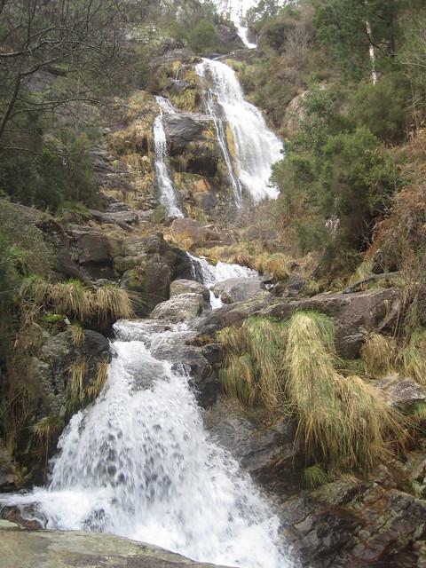 Cascada de Cadarnoxo en Boiro