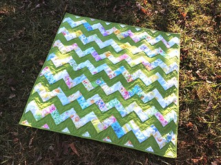 Zigzag Baby Quilt | by quirky granola girl