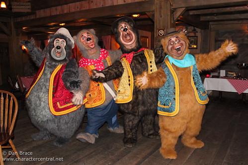 Meeting The Country Bears Disneyland Park Disneyland