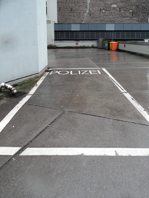 polizei parking