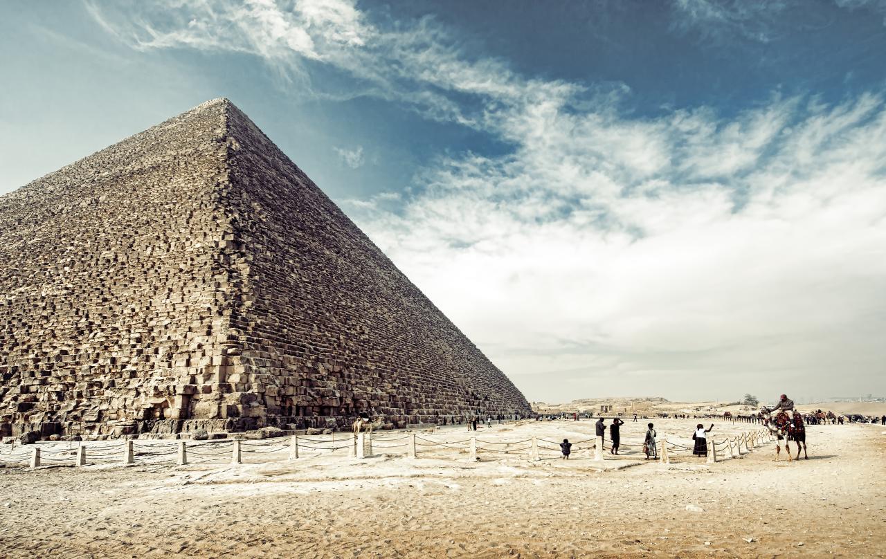 Majesty of Egypt pyramids