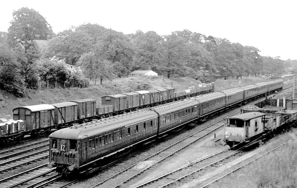 Used Cars Waterloo >> British Rail Southern Region: 2-BIL Unit 2141 | Leading a ...