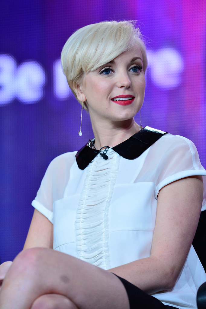Call The Midwife Season 2 Helen George During Pbs Call Flickr
