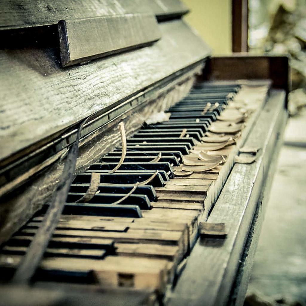 Piano piano marodes klavier more for Classic house piano