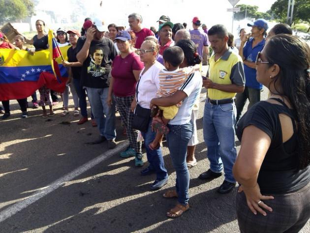 Los Clap y Consejos comunales protestaron en Av. Guayana de Puerto Ordaz por el desabastecimiento