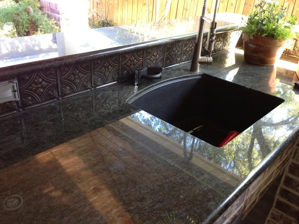 White Kitchen Backspash Tile
