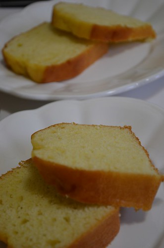 Pound Cake on 2 plates | by myhalalkitchen2