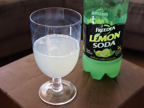 Lemon Soda (zur Erfrischung)
