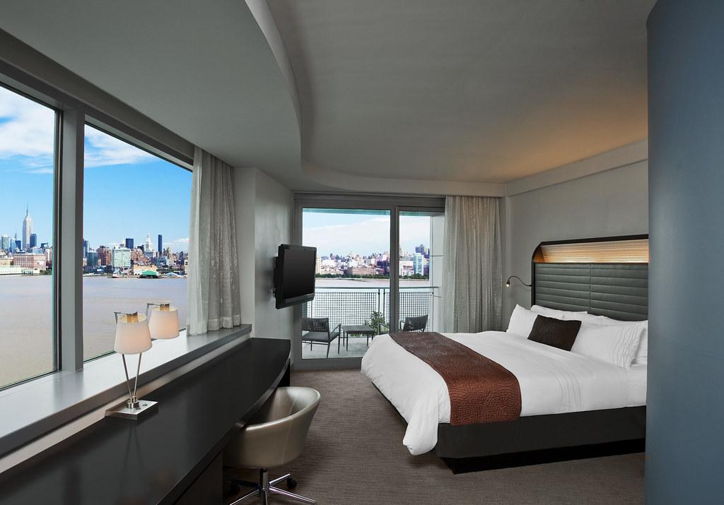 w hoboken guest room guest room w hoboken 225 river. Black Bedroom Furniture Sets. Home Design Ideas