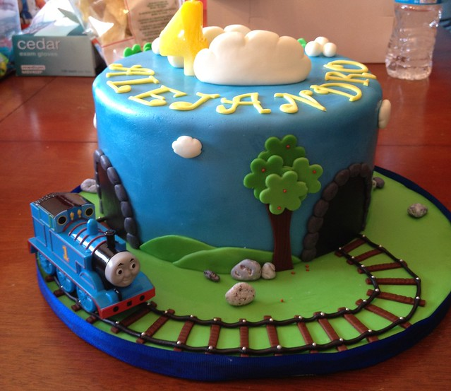 Train Engine Cake Images : Thomas the Train Birthday Cake Flickr - Photo Sharing!