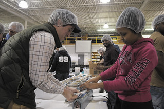 CommunitySvc-FeedMyStarvingChildren2013_23 | by UT-Chattanooga