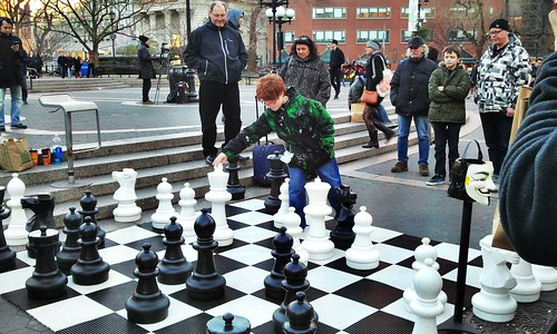 Union sq giant chess game taken in union sq after a walk for Ajedrez gigante jardin