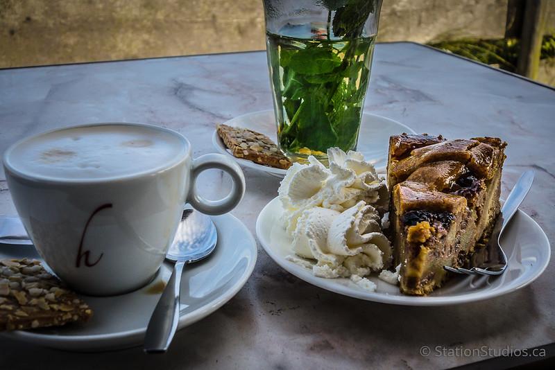 Appeltaart, Cappuccino, Mint Tea
