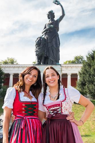 Oktoberfest 2016: Natascha und das Radio Arabella Wiesn-Team