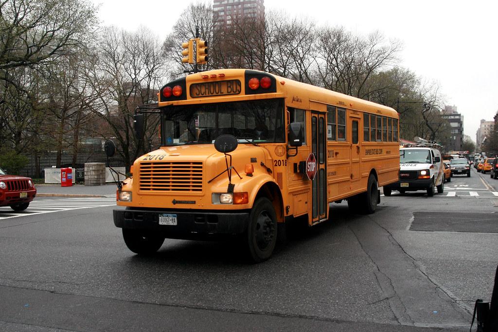 School Bus - Empire State Bus Corp 2018 60067-BA | 13/01/11.… | Flickr