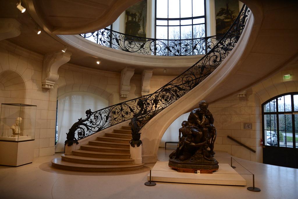Escadaria do Petit Palais em Paris