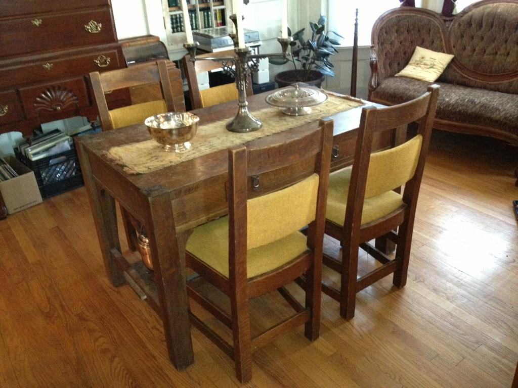 Mission Style Dining Room Table Set