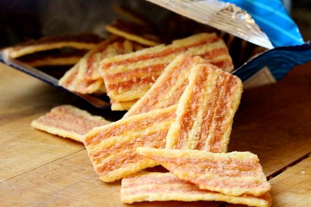 Oishi Baconette Strips Taste Test