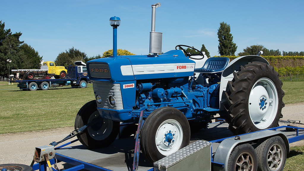 ford dexta 2000 tractor the 26th annual crankup day was. Black Bedroom Furniture Sets. Home Design Ideas