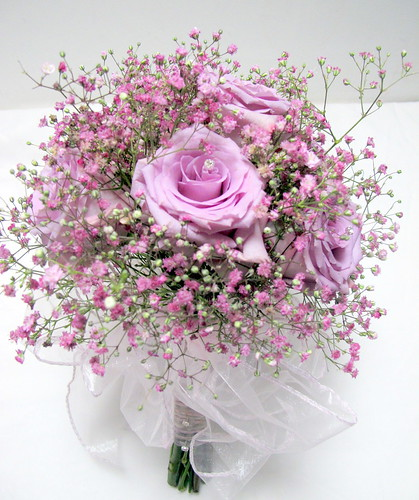 Cool Weather Wedding Flowers: Pink Gypsofila And Cool Water Roses
