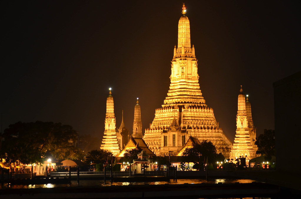 8522787210 8ba41640e9 b - Thái Lan - Vùng Đất Của Những Ngôi Chùa