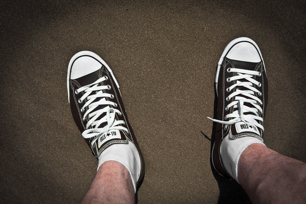 converse shoes wide feet