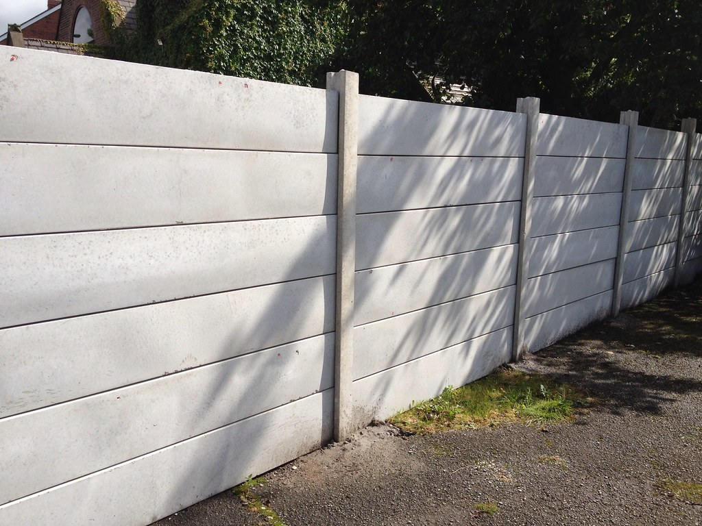 Industrial Plain Precast Panel Fencing This Is The Type
