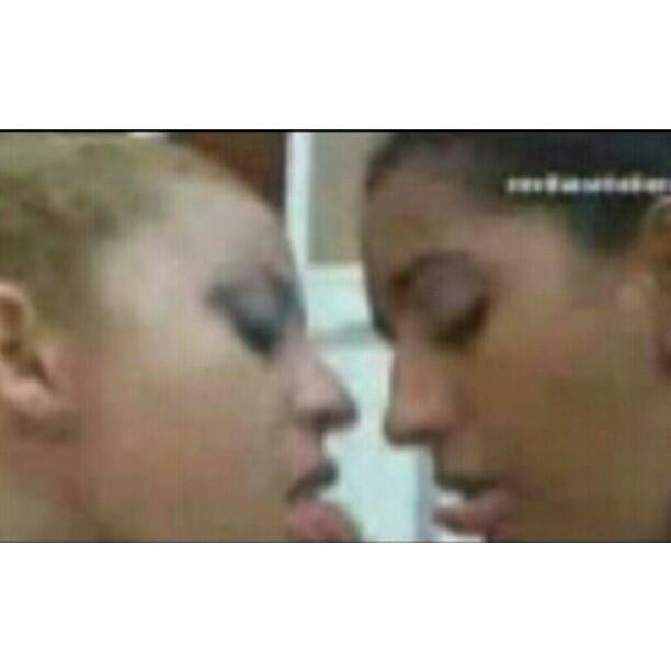 2girls1cup via instagram instagr am p ulrf8jpbv5