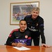 Theo Walcott signs new Arsenal contract