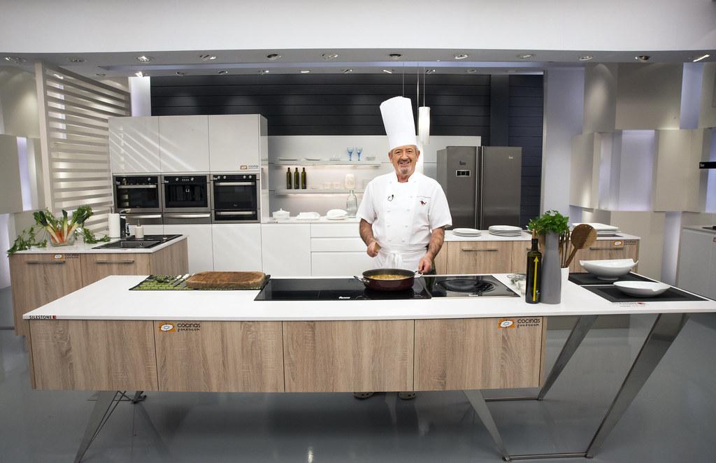 Karlos argui ano en nuestra cocina patrocina for Cocina carlos arguinano