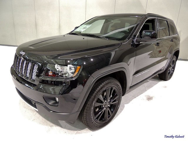 2013 jeep grand cherokee altitude flickr photo sharing. Black Bedroom Furniture Sets. Home Design Ideas