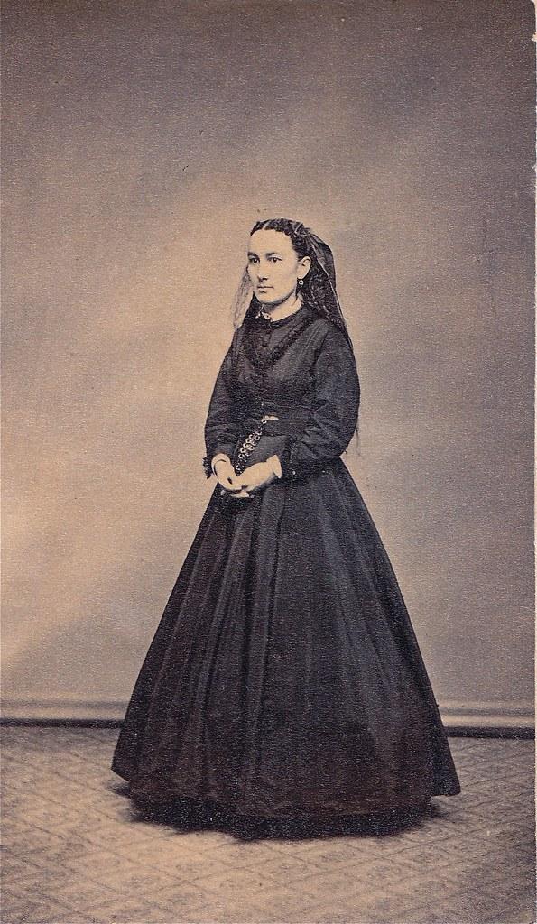 Albumen Carte De Visite 1868