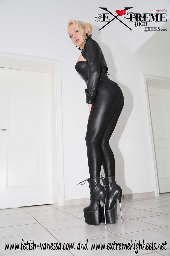 Vanessa-Fetish-Diva-metallic-stiletto-high-heels-002 | Flickr