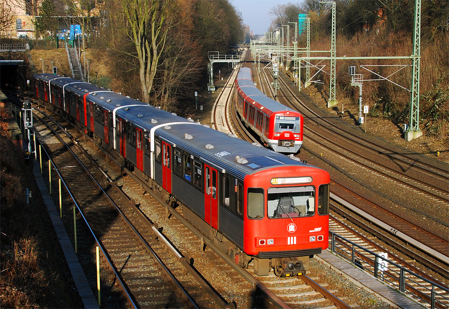 u bahn hamburg am berliner tor ein u bahn zug vom typ dt3 flickr. Black Bedroom Furniture Sets. Home Design Ideas
