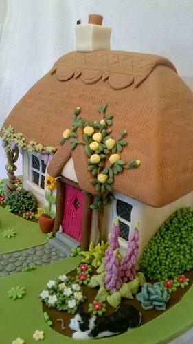 White Cottage Cake Company