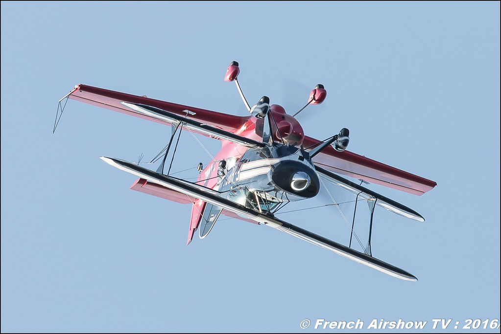 SKYLOOP PITTS & CAP 232 , Eric Vazeille , Bertrand Boillot , Cap 232 et PITTS S2B , Meeting Aerien Roanne 2016