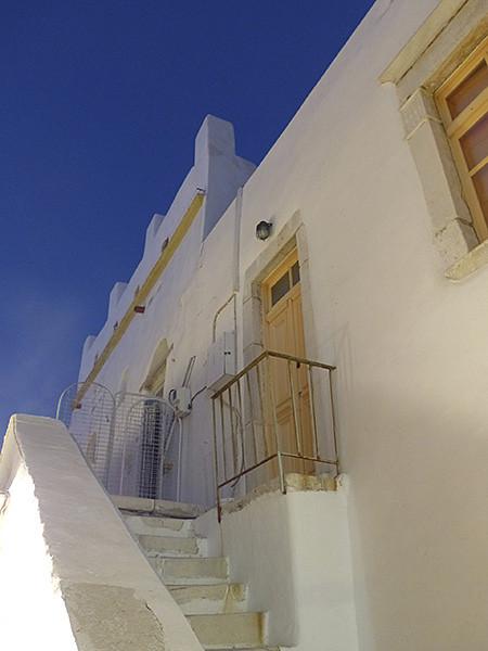 ciel bleu de nuit sur Paros