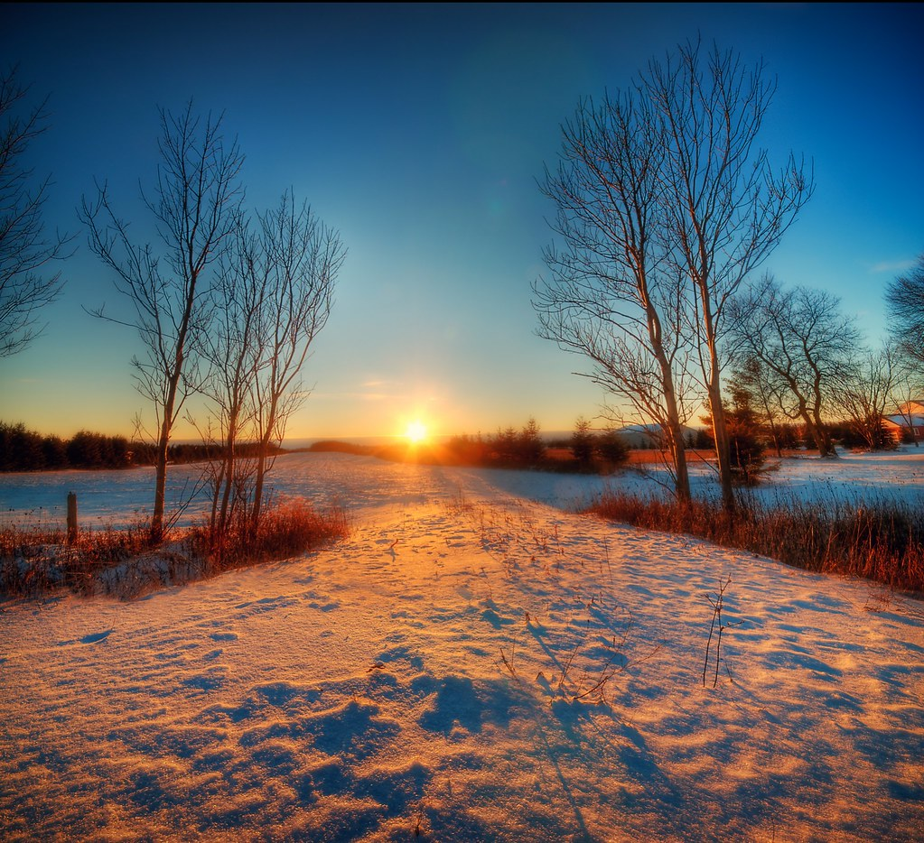 ... Glory | A vertorama of a beautiful winter sunrise way… | Flickr