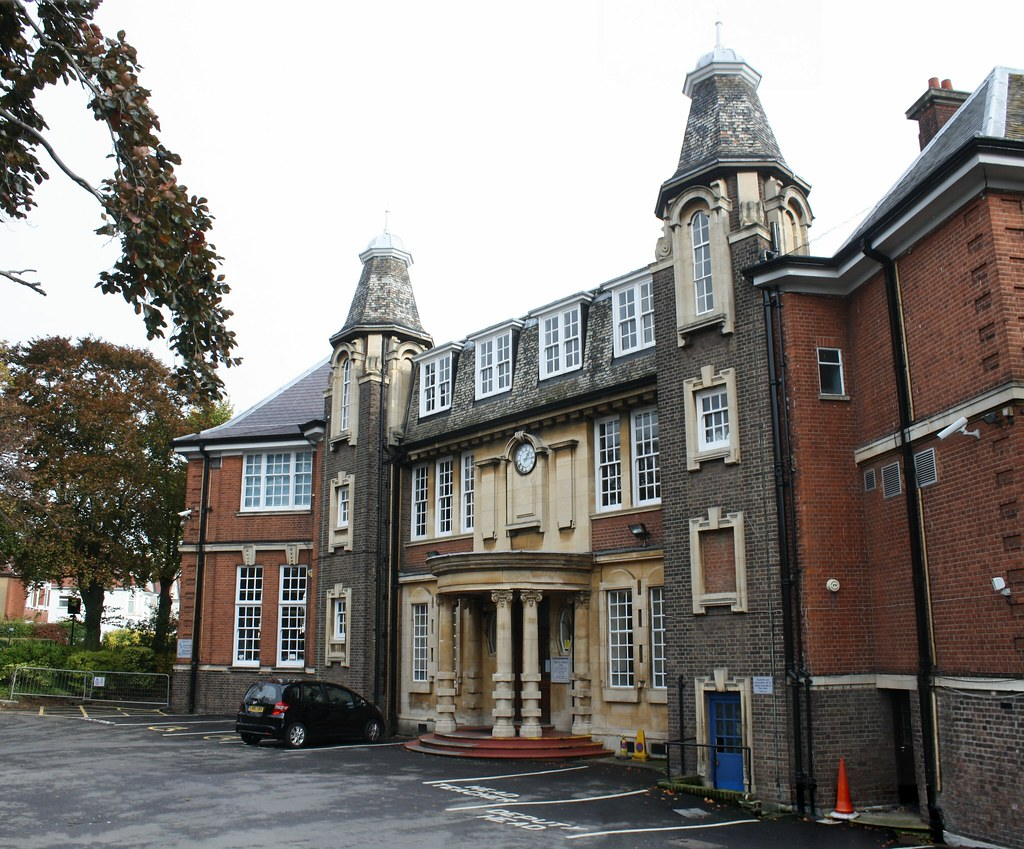 Harrow High School