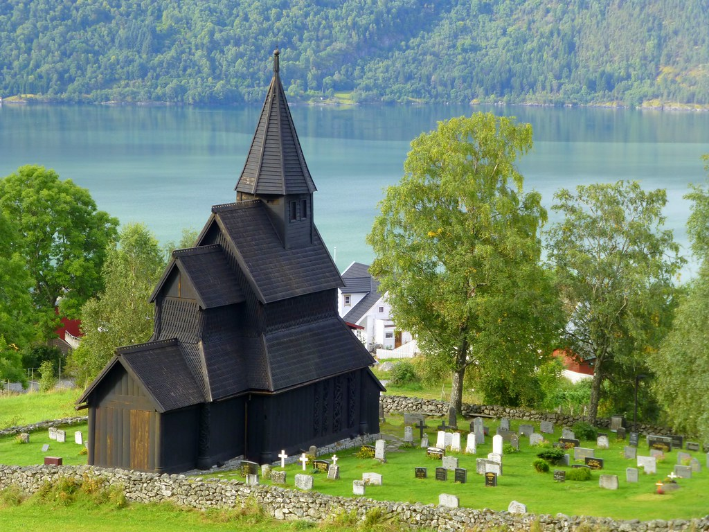 Happy Sunday ! / Urnes Stave Church