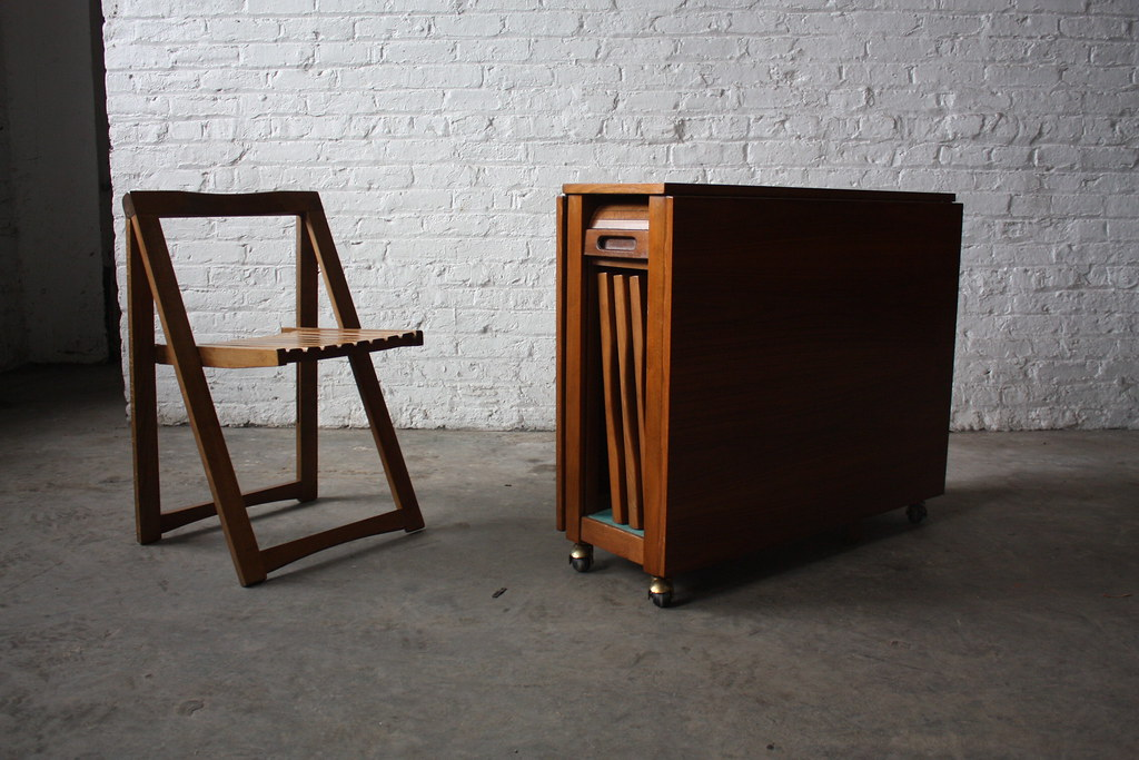 insane danish mid century modern drop leaf gate leg table with chairs 1950s - Mid Century Modern Furniture Of The 1950s