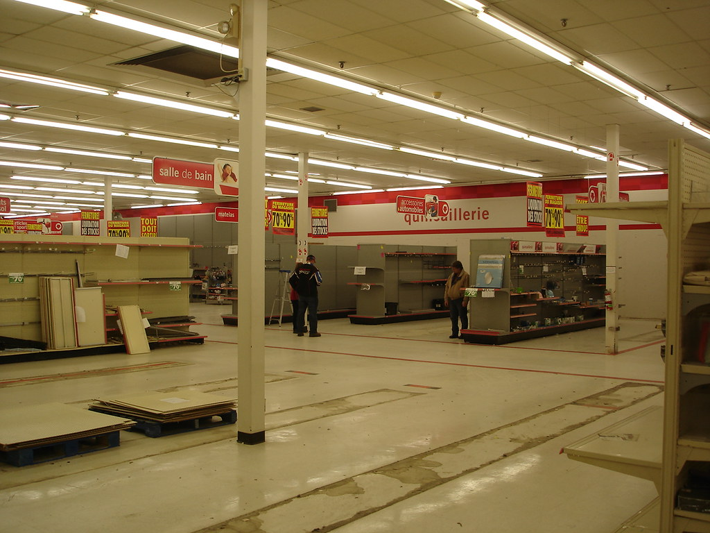 Zellers closing | Former bed & bath department and Auto ...