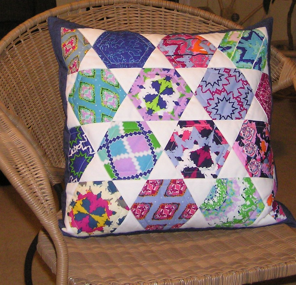 Micheles Pillow I Modified Jaybird Quilts Candy Dish Pat Flickr