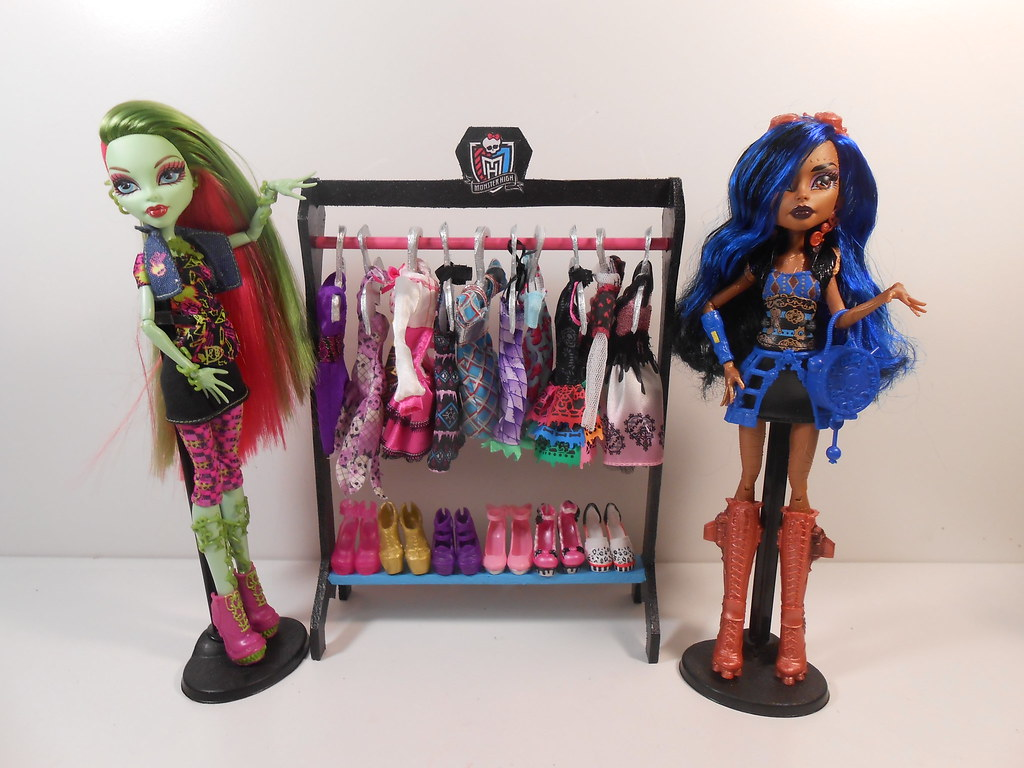 Monster High Furniture 1 6 Scale Miniature Basic Cloth Flickr